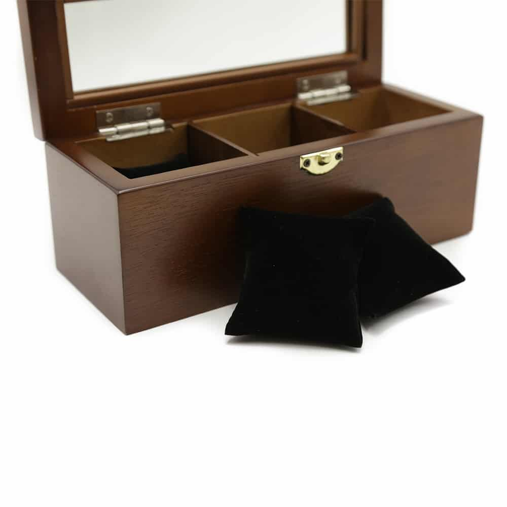 european-chestnut-3-slot-watch-box-4