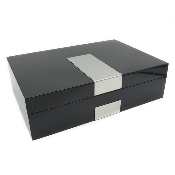 silver-lining-black-8-slot-watch-box-1