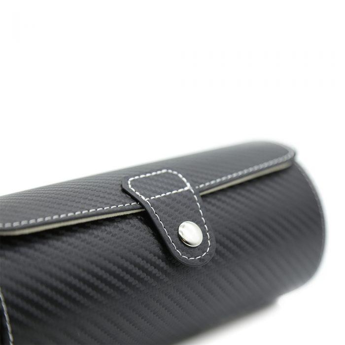 black-carbon-fibre-3-slot-watch-roll-4